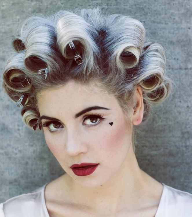 5- A cantora Marina and The Diamonds e seu fofísimo coração. Por que não